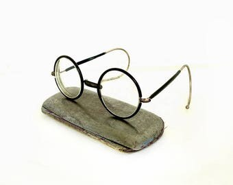 Victorian Round Optical Eye Glasses in Metal Case, Antique Steampunk Eyewear, Vintage Spectacles, Oval Reading Wire Bakelite Rim Eyeglasses