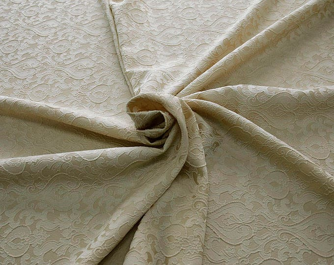 990071-009 Brocade-95% PL, 5% PA, width 130 cm, made in Italy, dry cleaning, weight 205 gr