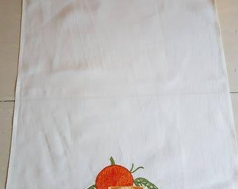 100% Italian linen embroidered kitchen towel
