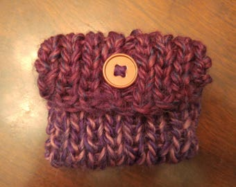 Small knitted coin purse