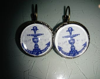 Navy anchor cabochon earrings