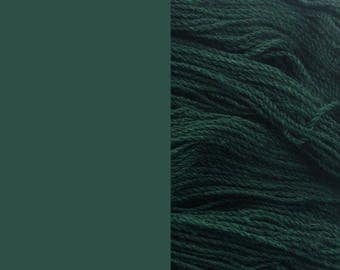Wool Yarn, cold green, fingering 2-ply 8/2 worsted pure wool 100g/350m