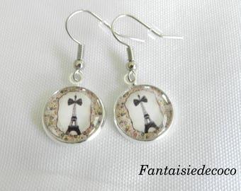 """Eiffel Tower and the knot"" earrings, glass cabochon"