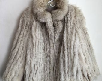 Real polar fox fur warm coat soft and fluffy fur with high collar vintage retro design short women's festive look old coat gray size-medium.