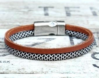 Mens leather bracelet, leather cord bracelet, leather wrap bracelet, leather rope bracelet, double layer bracelet, paracord leather bracelet