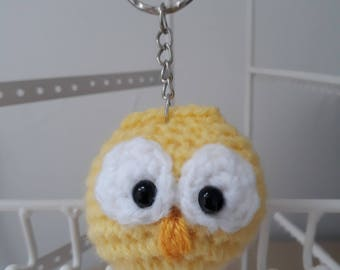 Yellow crochet OWL key ring