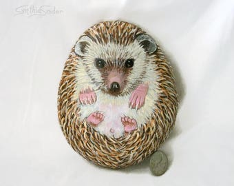 Painted rock,painted stone,hedgehog painting,hedgehog rock,painted heggie stone,animal stone,pet rock,garden decor,rock animal,hedgehog art