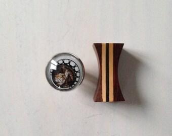 Lion way art glass cabochon ring