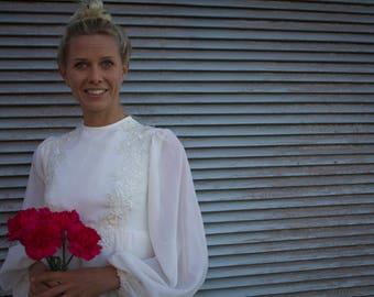 Bertha - vintage wedding dress