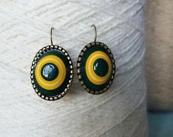 Earrings from recycled paper