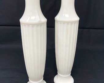 FREE SHIPPING* Set of two vintage milk glass vases