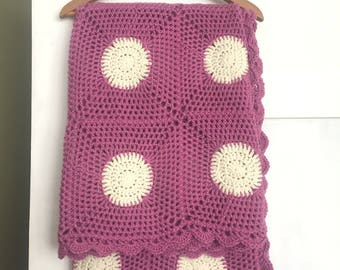 READY MADE - Immediate dispatch - Large Lace style Polka Dot Round Squares Blanket Afghan Throw - Pink