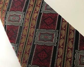 Gino Pilati Silk Tie. Reine Seide Silk Tie. Italian pure silk tie.