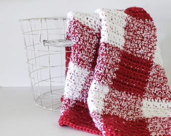 Crochet Red Gingham Blanket Pattern - Daisy Farm Crafts