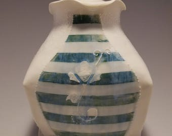 Porcelain Lidded Jar