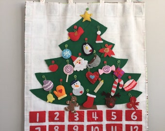 Christmas Tree advent calendar felt with Ornaments/ Christmas Tree Decoration/countdown/ Roll Up Play Mat/ Quiet Time Mat/ Personalized Gift