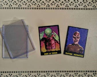 1964 Outer Limits Series Bubbles Inc Trading Cards #35 Plotting Destruction #29 Night Of Terror Vintage SyfyTrading Cards TV Memorabilia