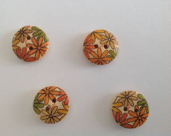 Wood 15 mm flower button