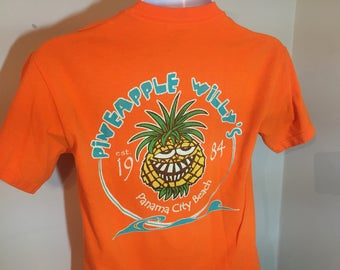 PINEAPPLE WILLY'S Panama City Beach est 1984.-  T-Shirt Adult -S z