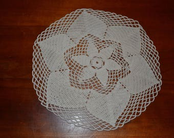 Handmade ecru round doily, 26 cm, crocheted with fine cotton