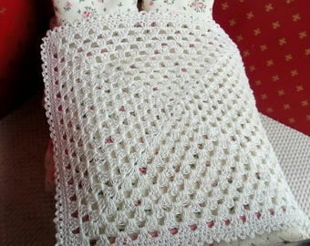 1/12th scale hand crocheted bedspread, pale cream.