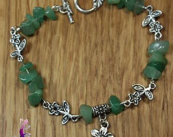 Aventurine with flower and toggle clasp charm bracelet