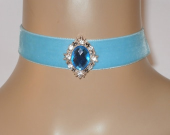 Turquoise Velvet Choker with Ornate Central Diamante Jewel FREE GIFT BOX