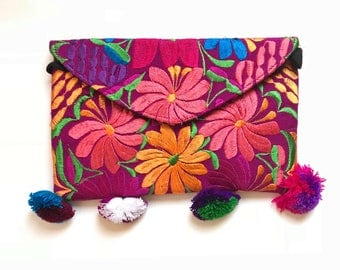 Mexican bag, embroidered clutch, mexican wallet, mexican purse, mexican clutch, pom pom purse, pom pom bag, embroidered purse, handbag