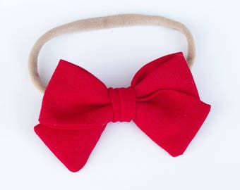 Red tie bow