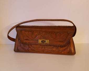 Beautiful vintage brown leather handbag | Embossed leather design | 1970s authentic vintage