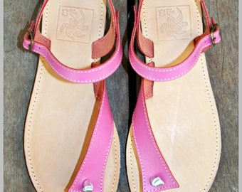 sandals in cowhide leather