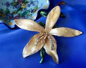 SALE Vintage Enamel and Rhinestone Lily Brooch, Vintage Flower Brooch, Enamel Brooch, Enamel Lily
