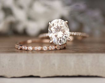 Rose Gold Engagement Ring, Moissanite Oval 10x8mm and Diamond Bridal Ring Set, Forever Classic 3.00cts Moissanite Engagement Ring