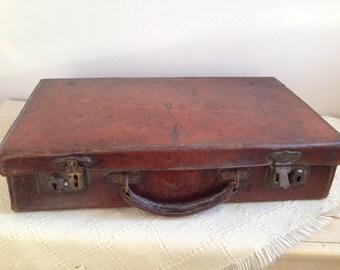 Vintage small leather suit-case./Suitcase vintage retro  leather case