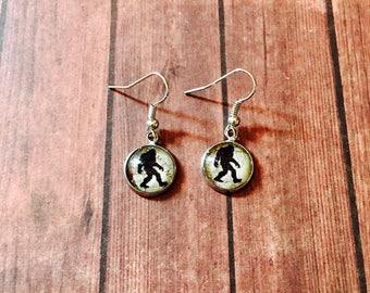 Bigfoot Sasquatch Dangle Drop Earrings - Bigfoot Map Jewelry Earrings - Sasquatch Jewelry - Bigfoot Gifts - Bigfoot Lovers - Drop Earrings