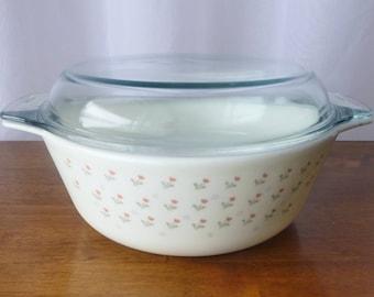 Pyrex - Beautiful casserole / saucepan with lid - # 511 - pattern Laura (pretty tulips) - England - England - 1986 - Vintage