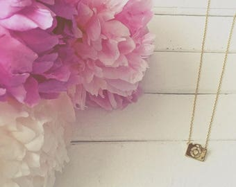 Camera Necklace (gold or silver)