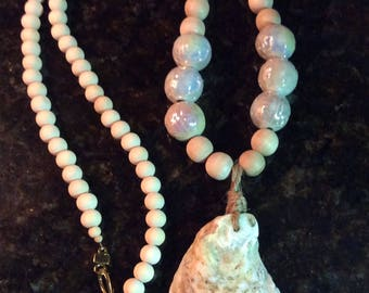 Natural oyster shell necklace with wooden beads