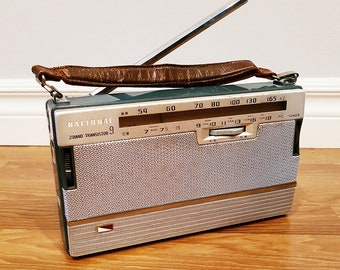 1960 National AB-210 Nine Transistor 2-Band Radio, In Working Condition
