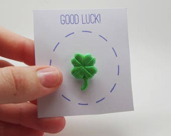 Pin Pun: handmade, polymer clay, good luck, lucky charm, pin badge
