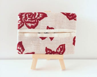Handmade Rose pattern linen tissue pouch | Tissue holder