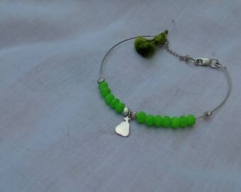 Bracelet silver plated with a pendant in the Center