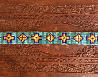 Vintage Native American hand beaded hat band