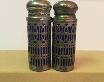 Art Nouveau salt / pepper set
