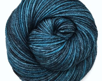 Worsted, Semi-Solid, Hand Dyed Yarn, Superwash Merino, 100 grams/218 yards, *Smokey Blue*
