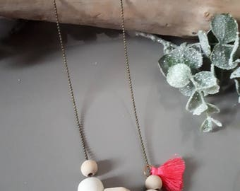 Necklace wood beads and tassel