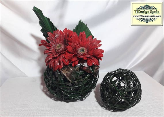 Christmas decoration at home, Christmas flowers, Christmas decor ideas, Christmas decor for sale, Christmas ornaments, Christmas decor gifts