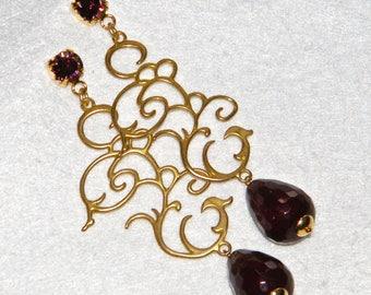 Earrings with drop in burgundy jade and Swarowski pin