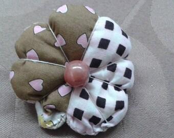 round fabric flower hair clip