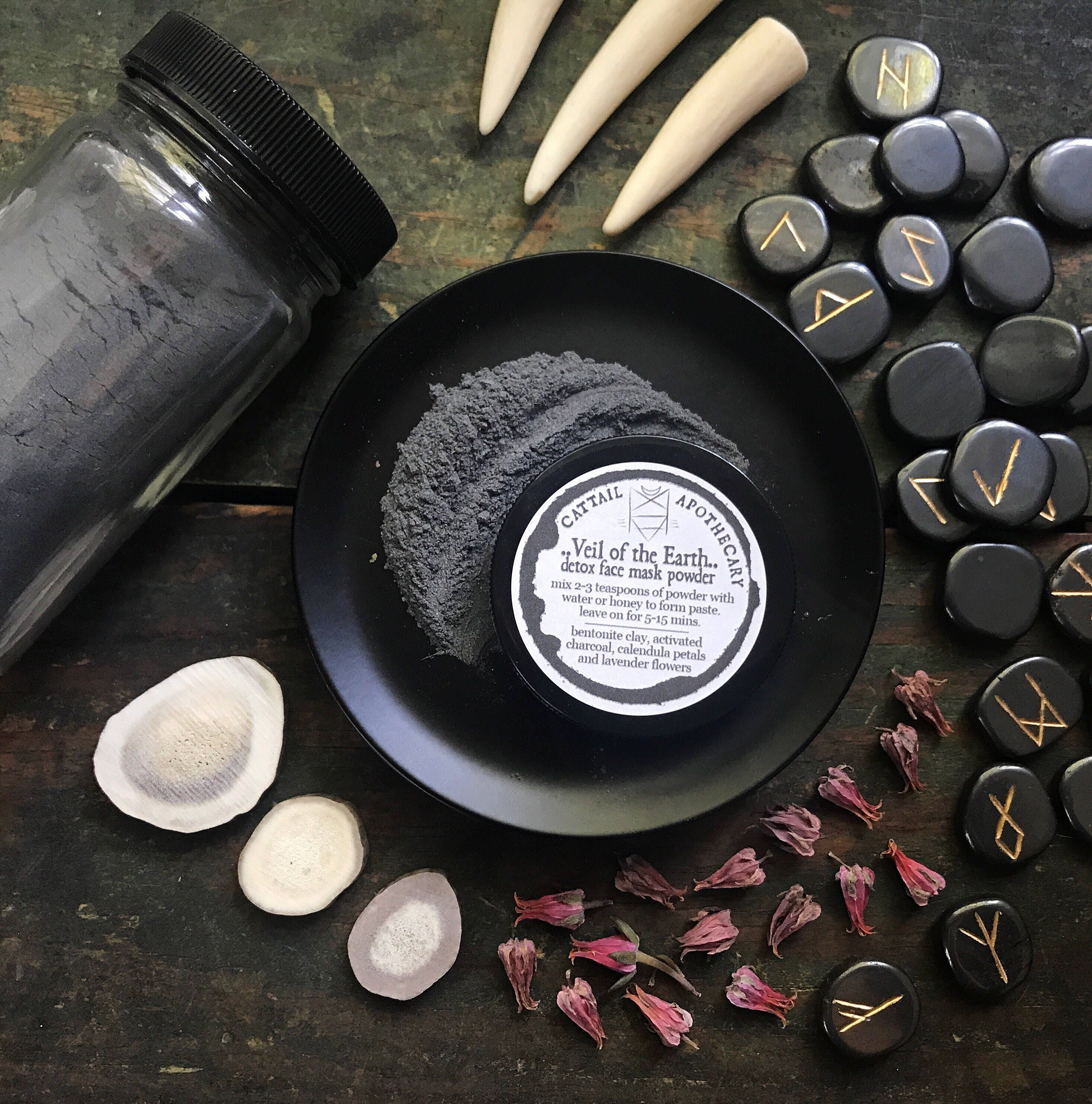 Diy Charcoal Face Mask For Acne Prone Skin: Charcoal Detox Face Mask Powder / Acne Treatment / Bentonite